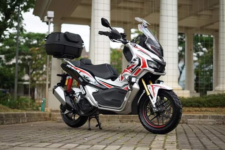 OPINI: Silang Sengkarut Review Honda ADV 150